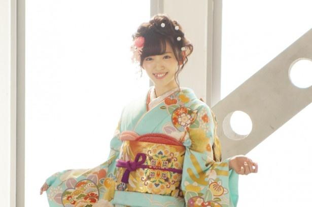 ℃-ute・鈴木愛理が、きものの老舗・鈴乃屋のイメージキャラクターを引き続き務める
