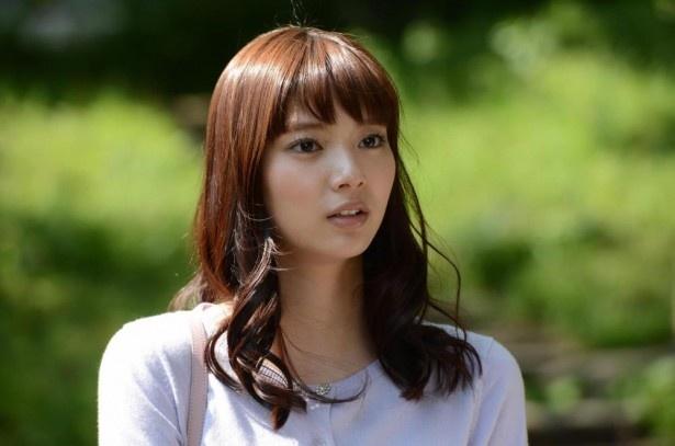 「青春探偵ハルヤ」(日本テレビ系)は毎週木曜夜11時59分より放送。玉森裕太演じる大学生が事件解決に挑む。ヒロイン役で新川優愛(写真)も出演