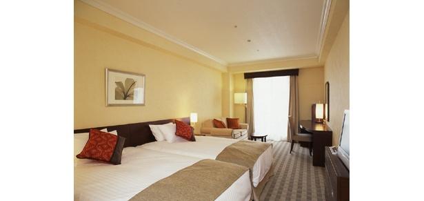 「なんばオリエンタルホテル」は、しゃぶしゃぶ&お土産つきで1室1万2000円というプラン