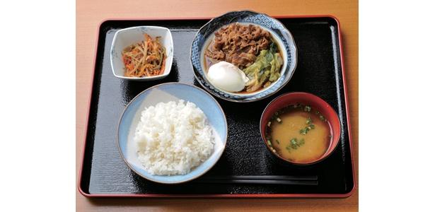 農林水産省の日替わり定食は650円!中でも「すき焼き定食」の牛肉は、口の中でとろけるような食感がたまらない!