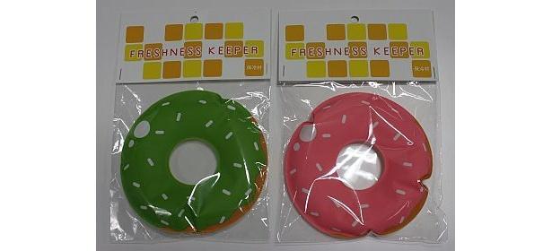 ドーナツ型がかわいい保冷剤。ほかにハート型や浮き輪型などがあるが、品薄状態なので早い者勝ち!