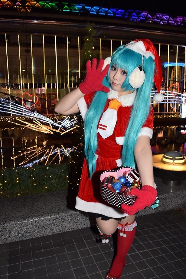 美人コスプレイヤーとTDCクリスマスイルミを堪能!