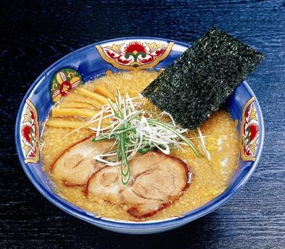 札幌の「らーめんてつや 南7条本店」の一杯も食べられる「札幌・福岡1泊2日 ラーメン食べ歩きの旅」