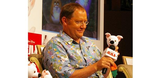 自宅もオフィスもおもちゃだらけというジョン・ラセター。子供心を忘れない