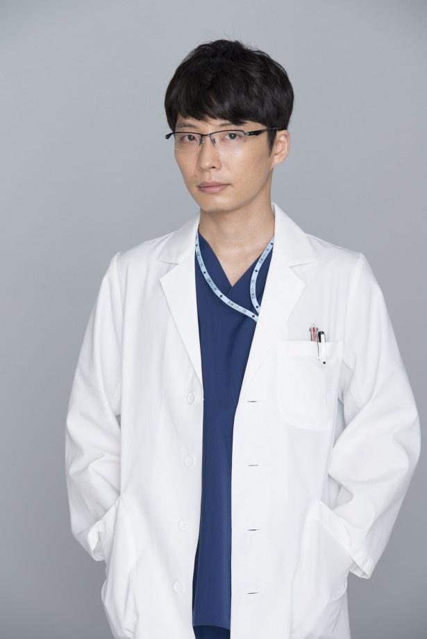 ドラマ「コウノドリ」(TBS系、金曜夜10:00-10:54)で、産科医・四宮春樹を演じる星野源を直撃!