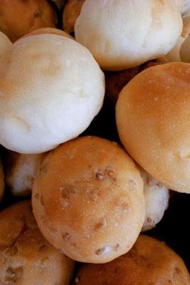 「キャスロン」のパンは手づくりのおいしさ