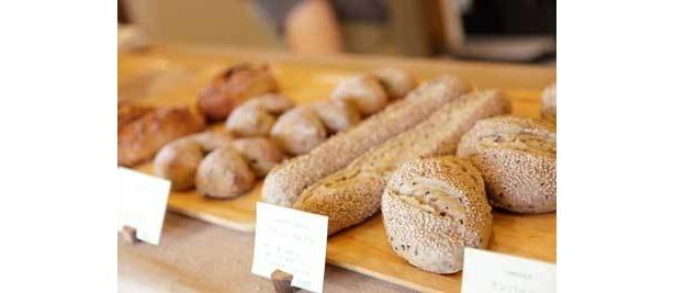 「ダヴィッド パン」ではすべてのパンをダヴィッドさんが一人で焼きます