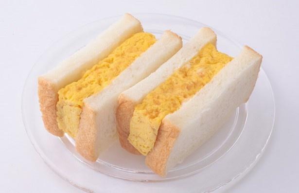 2位はつきぢ松露の「松露サンド」(648円)。パンに塗られたマヨネーズが玉子の甘みとベストマッチ