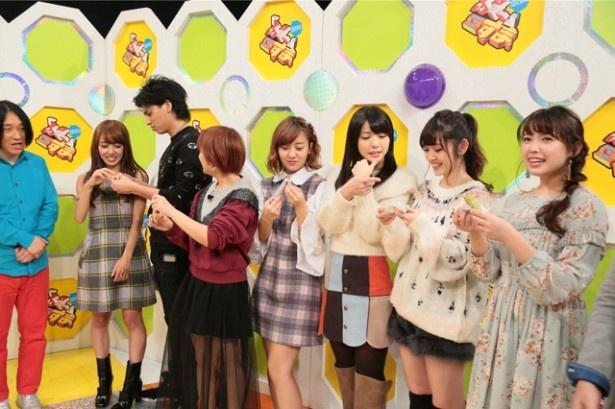 """℃-uteの5人が「『ぷっ』すま」の""""あの人のコト知ってるつもりクイズ!""""に登場"""