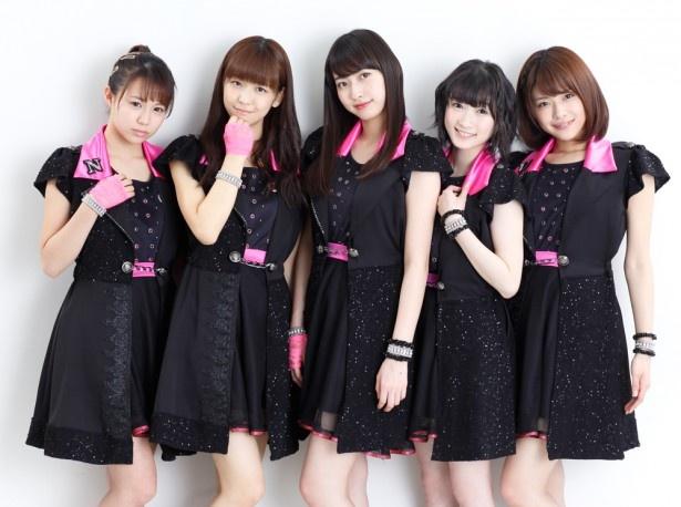 主人公アイドル「NEXT YOU」を演じるJuice=Juice。写真左から高木紗友希、宮崎由加、植村あかり、宮本佳林、金澤朋子