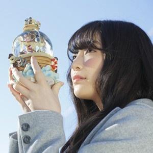 上田麗奈コラム第7回・スノードームを空に透かしたら