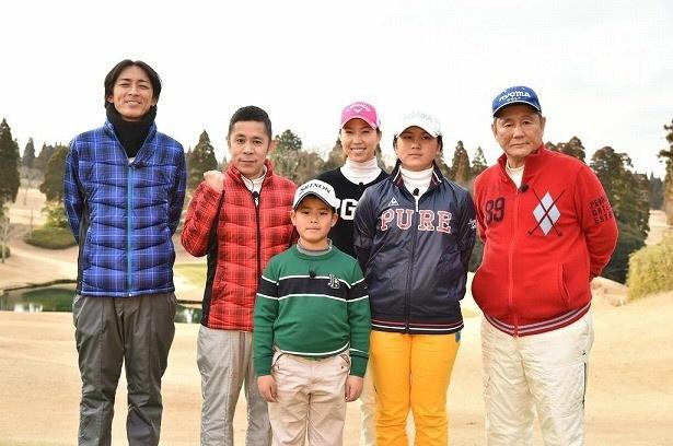 「ビートたけしのスポーツ大将2016 ナインティナインも参戦SP」でたけしは岡村隆史と共に、天才小学生姉弟、上田桃子選手とのゴルフ対決に挑む