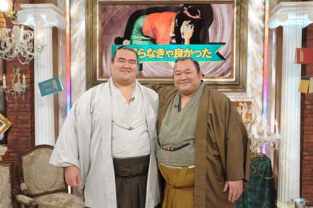 「中居正広のミになる図書館」に出演する琴奨菊関と豊ノ島関(写真左から)