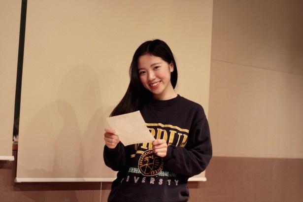 若松加奈子さん(18)「私ができるまで何時間も練習に付き合ってくれたね」