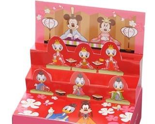 """ミッキーマウスやミニーマウスなど、おなじみのキャラクターが勢ぞろい!「""""ディズニー""""ひな段飾り(4種8個入)」(540円)"""
