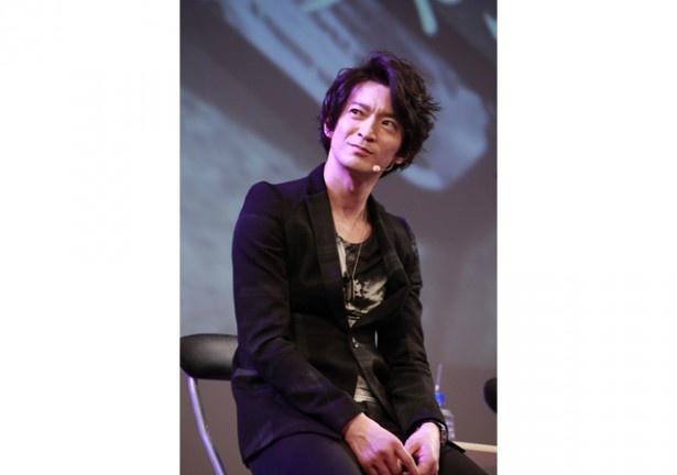 また、朗読劇を振り返った津田は「アドリブが増えていた!」と、諏訪部や悠木に指摘する