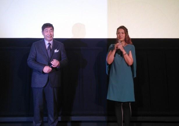 「ローカル路線バス乗り継ぎの旅 THE MOVIE」初日舞台あいさつに登壇した蛭子能収、三船美佳(写真左から)