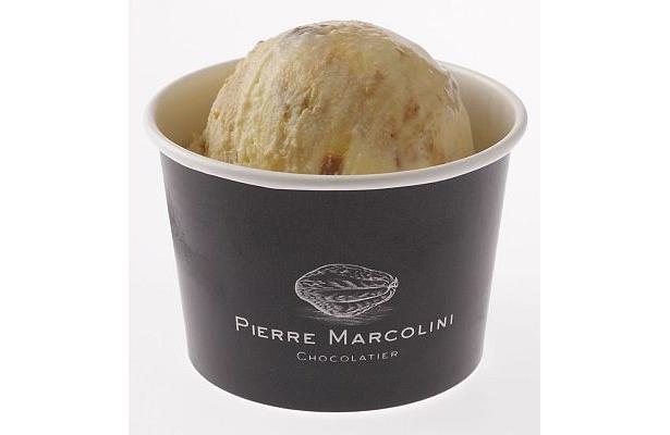 ヘーゼルナッツのプラリネペーストをたっぷり混ぜ込んだ「ピエール マルコリーニ」のヘーゼルナッツプラリネ