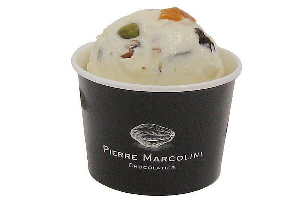 「ピエール マルコリーニ銀座店」限定のマンディアン ブランはホワイトチョコレートがリッチな味わい