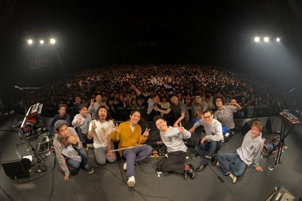 「cero×在日ファンク EXシアターTV presents 新春ライブ」に出演するceroと在日ファンク
