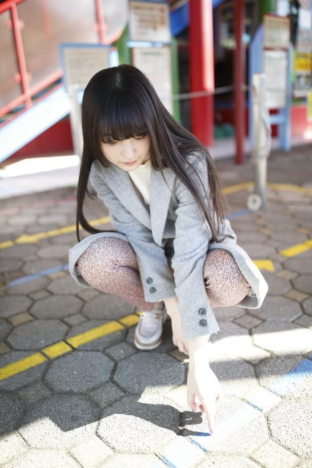 可愛い格好の上田麗奈
