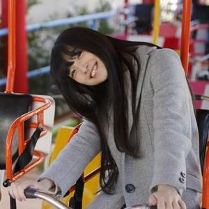 上田麗奈コラム第9回・カラフルな遊園地で見つけた色