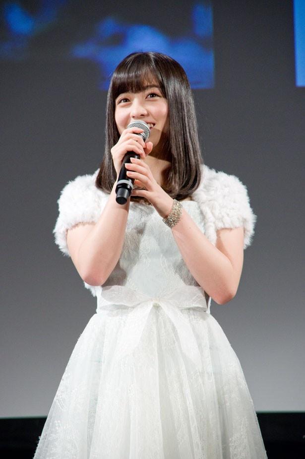 純白ドレス姿でゆうばり国際ファンタスティック映画祭2016に登場した橋本環奈