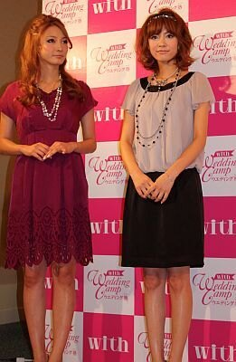 withモデルの菅原沙樹さんと平野由美さん