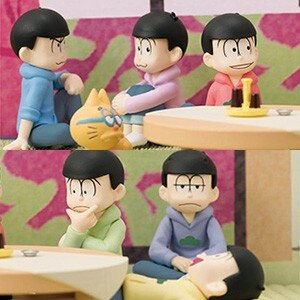 居間でくつろぐ6つ子を愛でる! 好きな組み合わせでセッティング可能な 「おそ松さん」フィギュアセットが登場