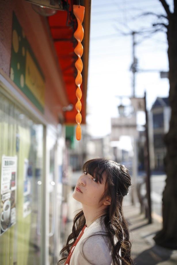 上田麗奈フォトコラム第10回・下町散歩で見つけた色