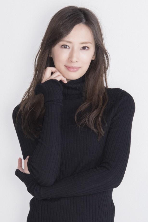 松本清張二夜連続ドラマスペシャル 第二夜「黒い樹海」に出演する北川景子