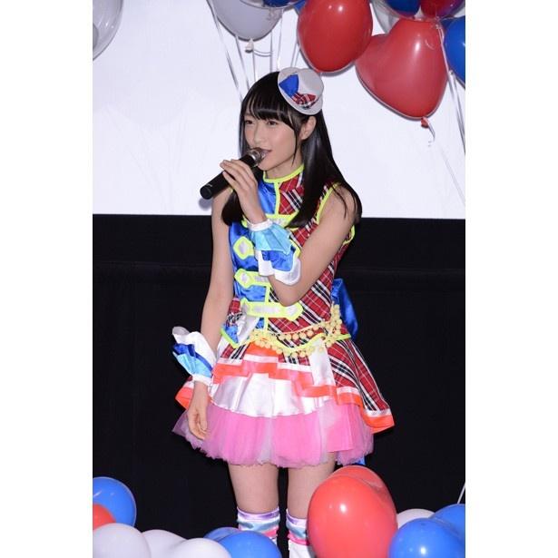 映画「プリパラ」初日舞台挨拶に女優の川栄李奈も登場!