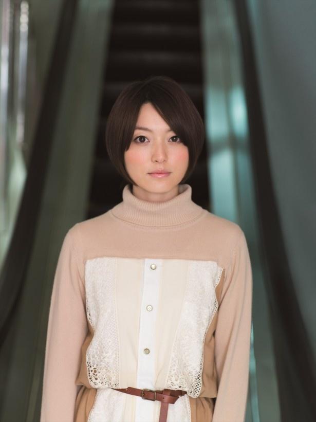 ドラマ「空腹アンソロジー」でナレーションを担当する声優の花澤香菜