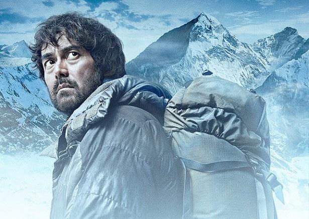 【写真を見る】エヴェレストの高度5000mを超える地でも撮影が行われた『エヴェレスト 神々の山嶺』