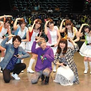 会場のファンとシェー!「おそ松さん」Webラジオ公開録音ファン感謝イベント