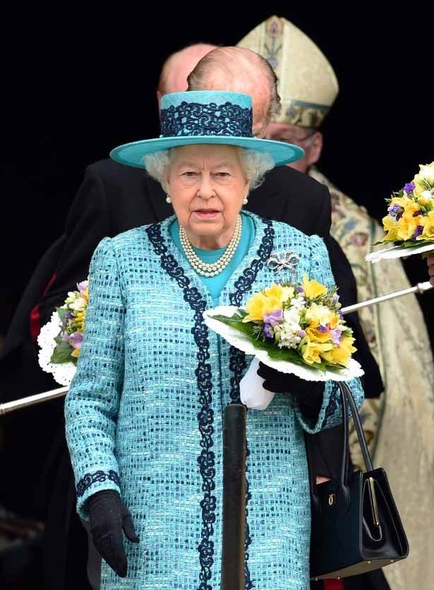 【写真を見る】ジョージ王子とシャーロット王女のことを可愛がっているという女王
