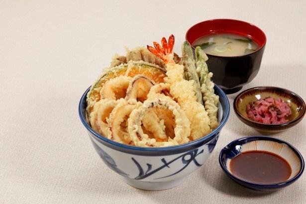 「日本海いか丼」(980円)は、上里SA限定販売のメニュー