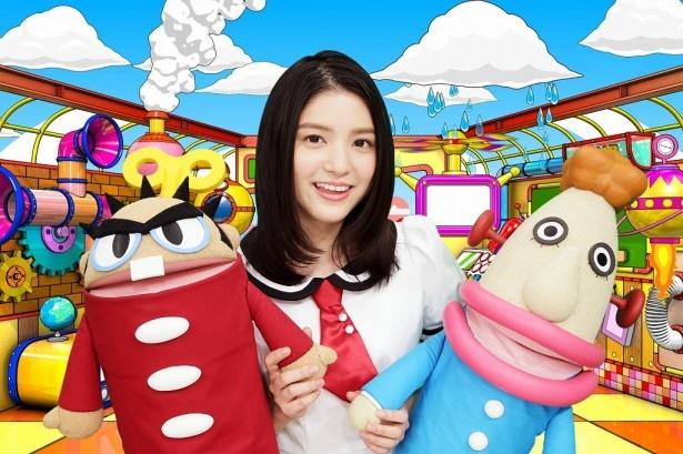 【写真を見る】番組キャラクター・ヨッちゃんとテッちゃんのデザインをアメリカザリガニの平井善之が担当した。川島は「キモかわいい!」と絶賛
