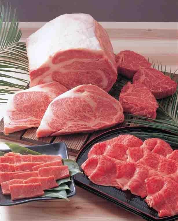 九州発祥の精肉「肉処 かつヰ」は、鹿児島の南州黒牛などのほか、惣菜店も併設。