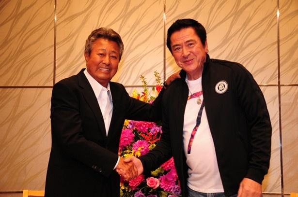 テレビドラマ「明日の刑事」などでも梅宮と共演した谷隼人も収録に参加