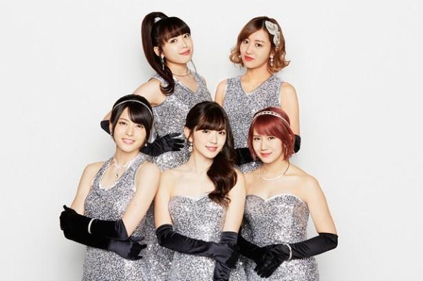 ℃-uteのMV撮影では、5人の真剣な表情が満載