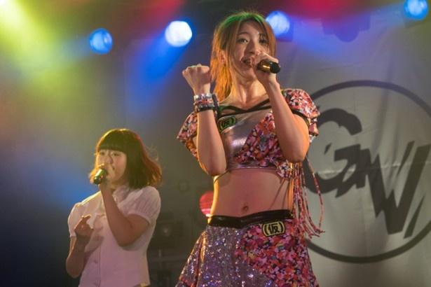 森ティー(森咲樹)がアイドルネッサンスにが加わり、「17才」を歌う