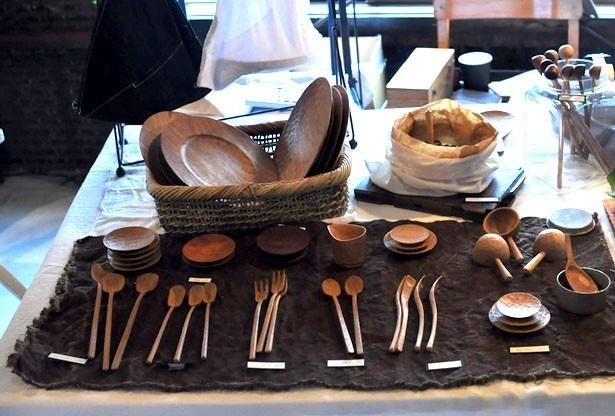 「cogu 小具」は、木で作られた様々なくらしの道具を出品