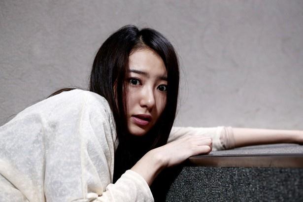 沙羅のライバル・葵を演じた高田里穂