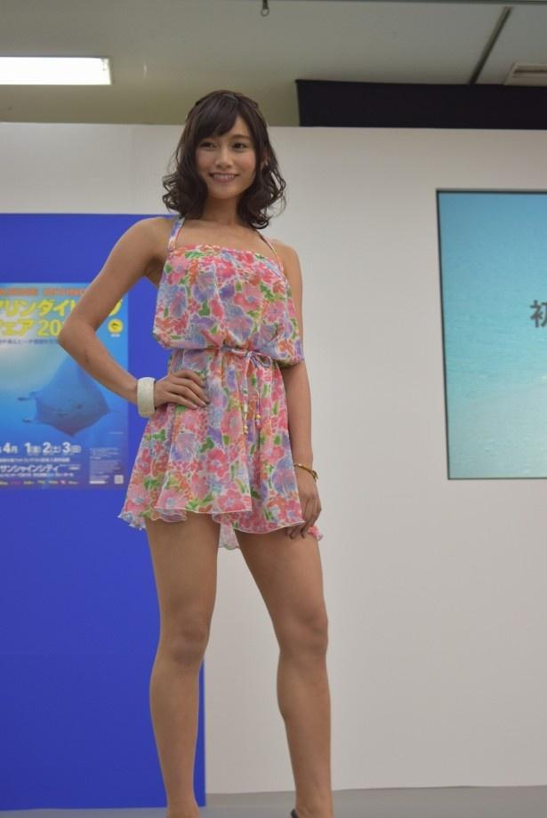 初代「なぎさイメージガール」に選ばれた武田あやな(20歳)。東京都出身。B78/W58/H80