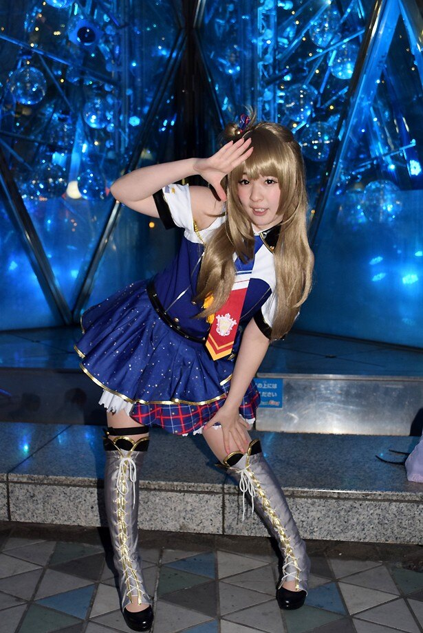 ファイナルライブ翌日の東京ドームシティに「ラブライブ!」コスプレイヤーが続々集結!