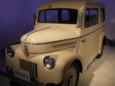 日産自動車の前身の1社、東京電気自動車が製造した初の電気自動車「たま」(1947年)。ピボ2のご先祖です