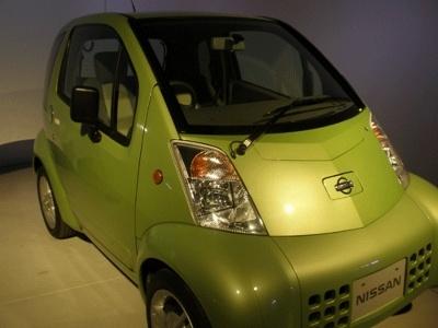 1999年開発、2000年に日産自動車より販売された電気自動車「Hyper Mini」