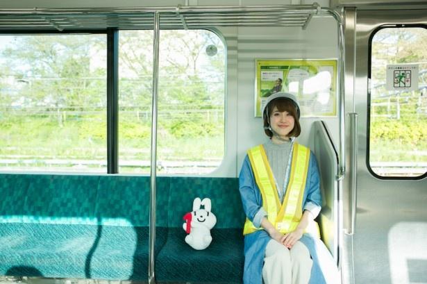上戸彩さんと宮川大輔さんによるQ&A方式の広告も掲出