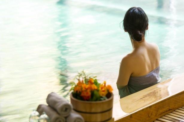 【写真を見る】美肌の湯を心ゆくまで堪能したい